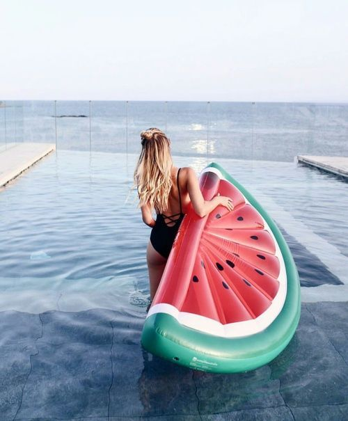 floating bed watermelon